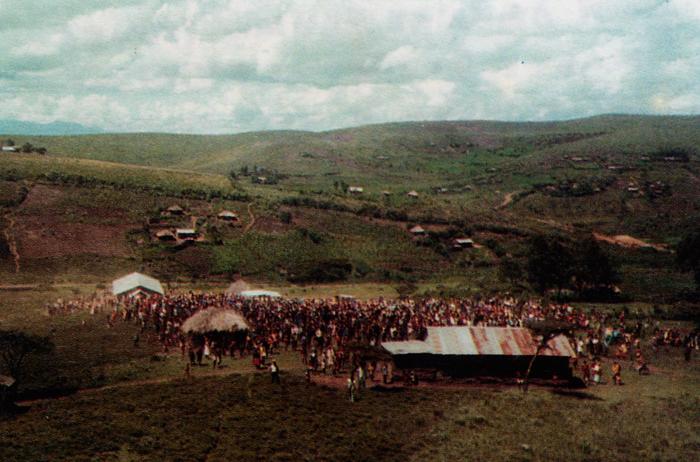 Ο π. Οβαδίας δημιουργούσε λασποκαλύβες ως ναούς σε χωριά, όπου συγκεντρώνονταν οι πιστοί από μακρυά και σήμερα οι περιοχές αυτές αναδείχθησαν σε κωμοπόλεις.