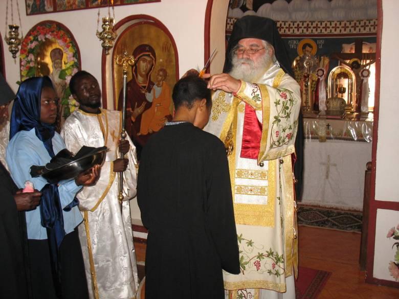 Η κουρά της μοναχής Αγνής από τον θεοφιλέστατο επίσκοπο Κουλουέζι κ. Μελέτιο