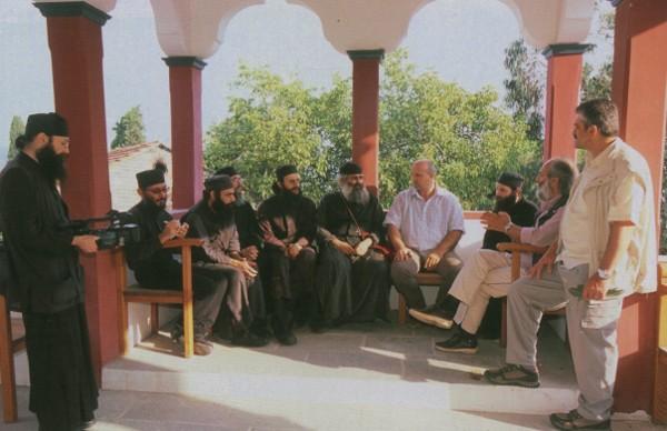 I monaci durante una lettura