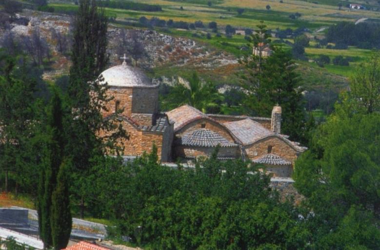 Άποψη της Ιεράς Μονής Αγίου Ηρακλειδίου από την ανατολική πλευρά