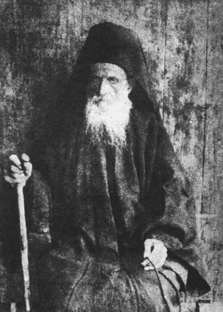 Ήδη ενώ ζούσε ακόμη στην λιτή καλύβη του, είχε επιβληθεί στην συνείδηση των Αγιορειτών Πατέρων ως κανών και γνώμων Όρθοδοξίας, ως ο εκφραστής της αυτοσυνειδησίας του Αγίου Όρους, ο υπέρμαχος της ορθοδόξου πίστεως και ζωής, την γνώμη του οποίου, ως εγγύηση Ορθοδοξίας, ζητούσαν από τον κόσμο με ερωτήματα και επιστολές ορθόδοξοι πιστοί.