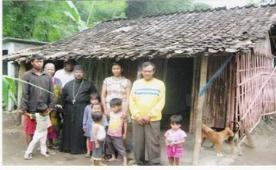 Στα φτωχικά  χωριά της Κεντρικής Ιάβας