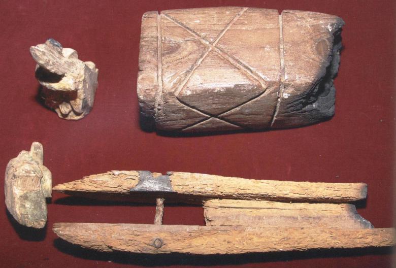 Υφαντικά εργαλεία (μακούτσσια) του αγίου Αναστασίου του Θαυματουργού, του Υφαντή του εκ Περιστερωνοπηγής.