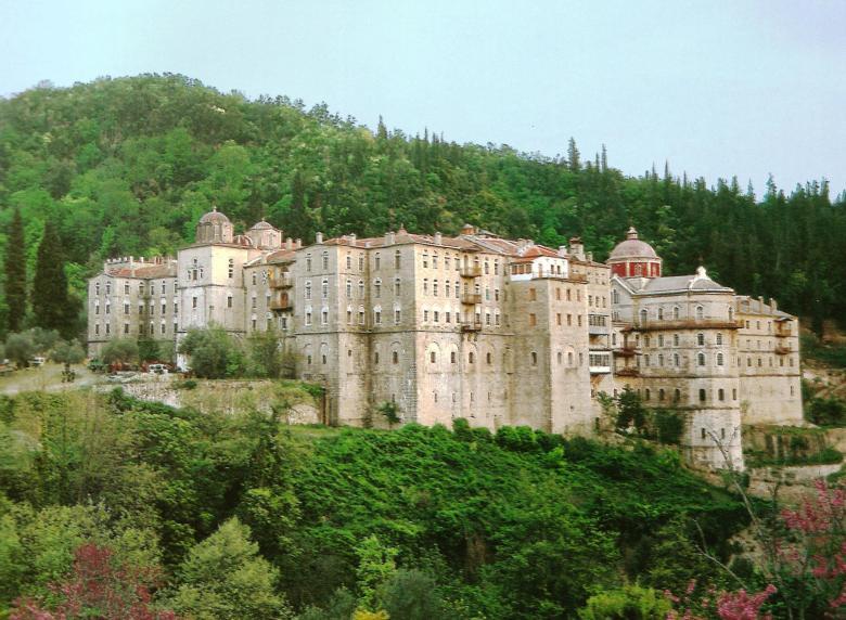 Η Ιερά Μονή Ζωγράφου. Εξωτερική άποψη. Holy Monastery of Zographou. External view.