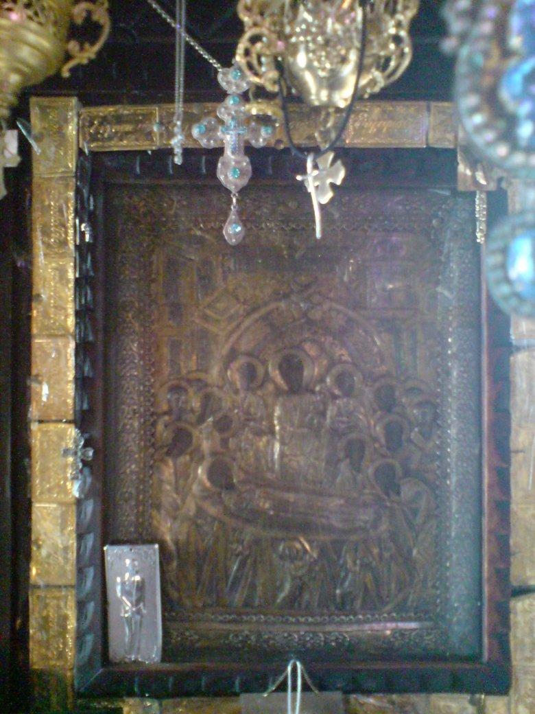 Η θαυματουργική και μυροβλύζουσα εικόνα της Παναγίας Μαλεβής (κοίμηση της Θεοτόκου).