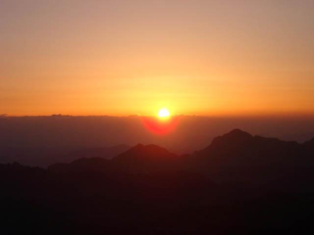 sunset2 Всемирното Православие - ДА ПРЕГЪРНЕШ ХРИСТА
