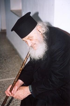 https://vatopaidi.files.wordpress.com/2009/12/geron-amvrosios-07.jpg