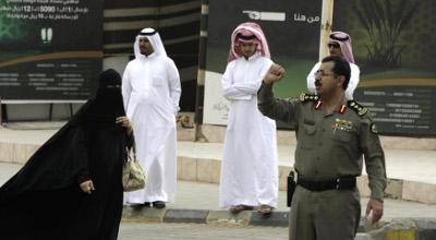 '350 million Muslims secretly live as Christian converts' Reuters-saudi-muslim-rajhil-mosque-police-photog-stringer1