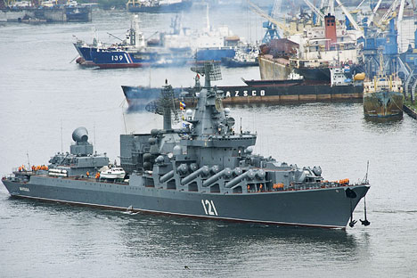 Mε τη διαμόρφωση του λιμανιού και τη γεωγραφική του θέση, το Νοβοροσίσκ είναι σχεδόν έτοιμο να πάρει τη θέση του σαν την κύρια βάση του Στόλου της Μαύρης Θάλασσας. Πηγή: TASS
