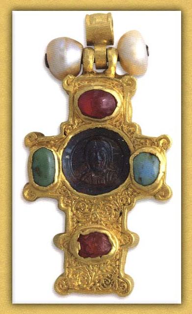 Τα βυζαντινά εγκόλπια της Ιεράς Μονής Βατοπαιδίου Αγίου Όρους