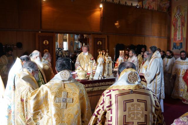 Σκηνές από την Θεία Λειτουργία