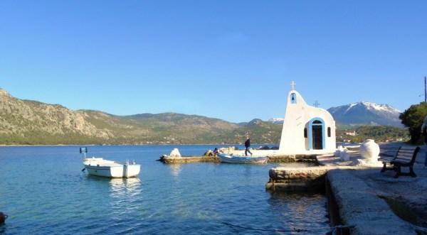 Ο Άγιος Νικόλαος στη λίμνη Ηραίου