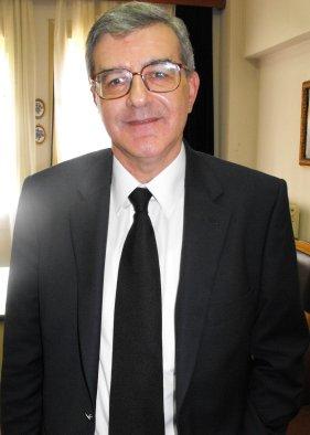 Κωνσταντίνος Χολέβας Πολιτικός επιστήμονας