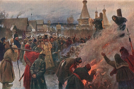 """""""Κάψιμο του Αβακούμ"""" (1897) του Γρηγορίου Μιασογιέντοφ. Ο Αβακούμ Πετρόφ ήταν πρωτοπρεσβύτερος του Καθεδρικού Ναού του Αγίου Βασιλείου στην Κόκκινη Πλατεία και ηγήθηκε της αντιπολίτευσης κατά των μεταρρυθμίσεων της Ρωσικής Ορθόδοξης Εκκλησίας που εισήγαγε ο Πατριάρχης Νίκων."""
