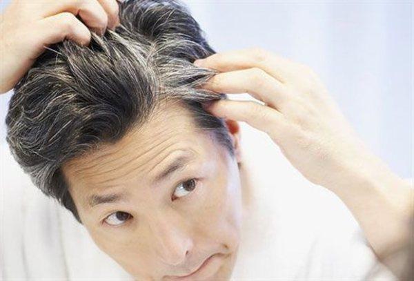 Ενδειξη σοφίας και γοητείας είναι για κάποιους τα γκρίζα μαλλιά, ενώ για άλλους αποτελούν απλά πονοκέφαλο...
