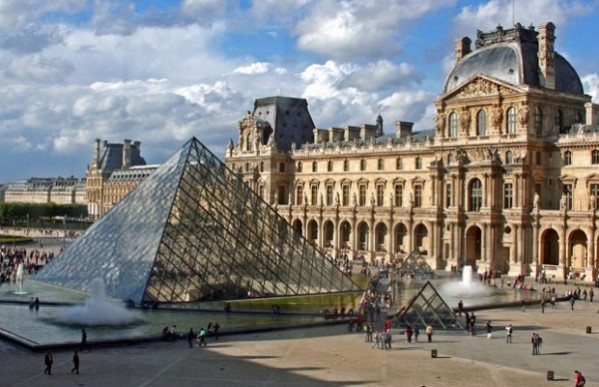louvre_museum-620x400